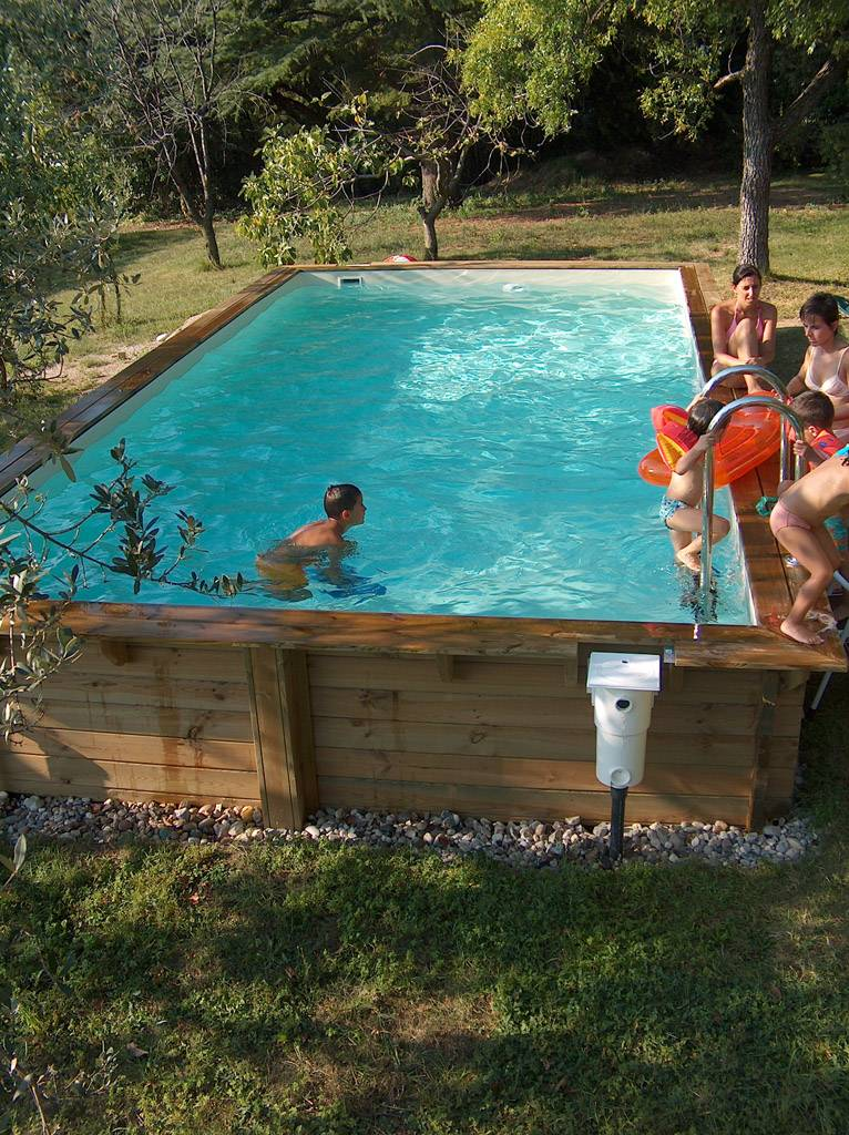 Come filtrare l 39 acqua nelle piscine fuori terra solaris - Rivestimento piscina fuori terra ...