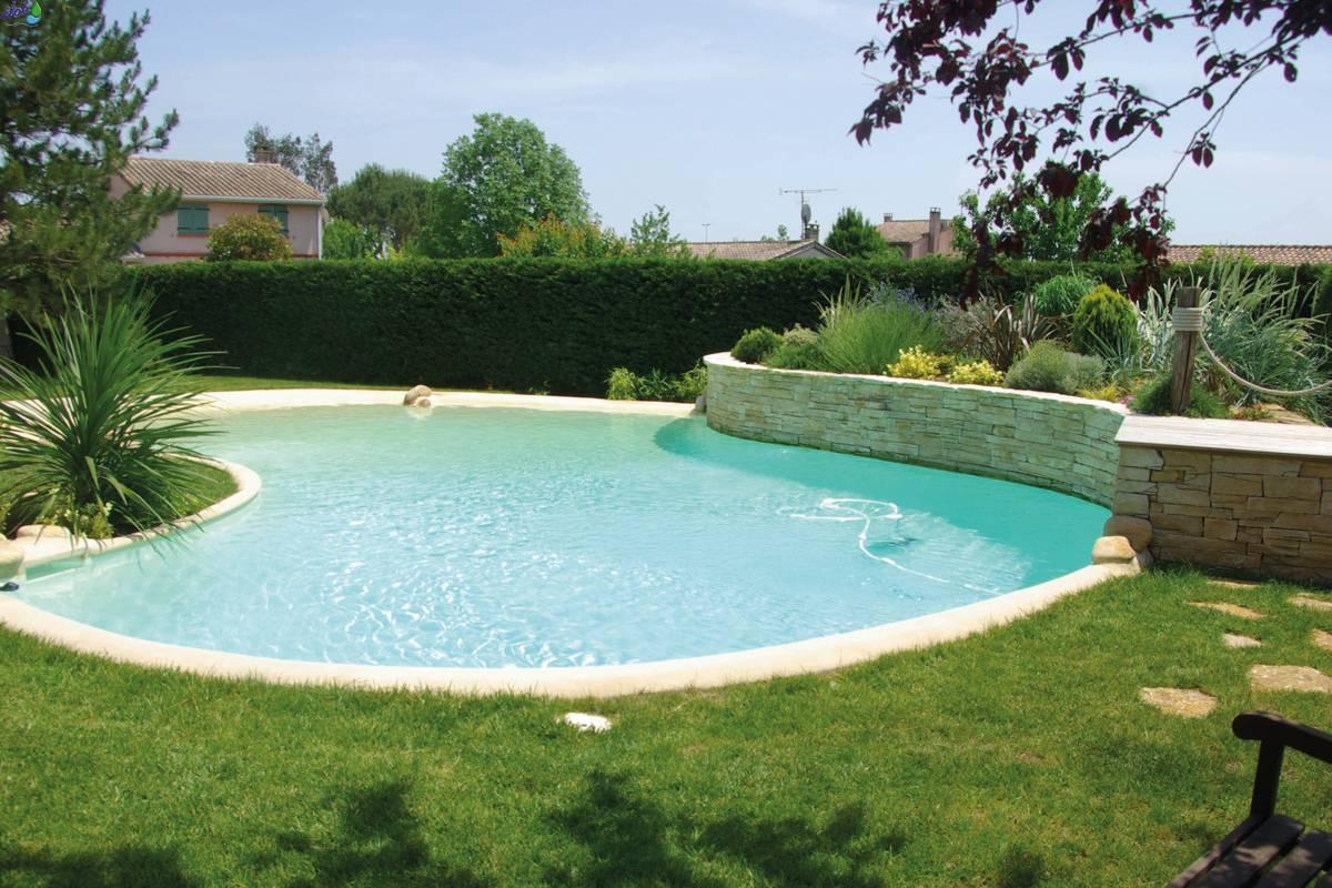 Piscine naturali solaris for Perche nettoyage piscine